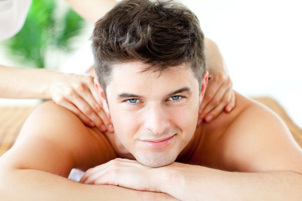 Relaxing aromatic therapy massage